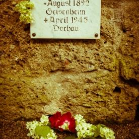 Dachau-memoria-034